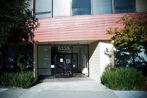 6333 Telegraph Ave dentist office entrance