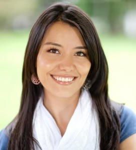 Hispanic woman - wisdom teeth article